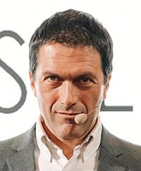 Dr.Giulio Toscani