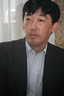山崎 一郎